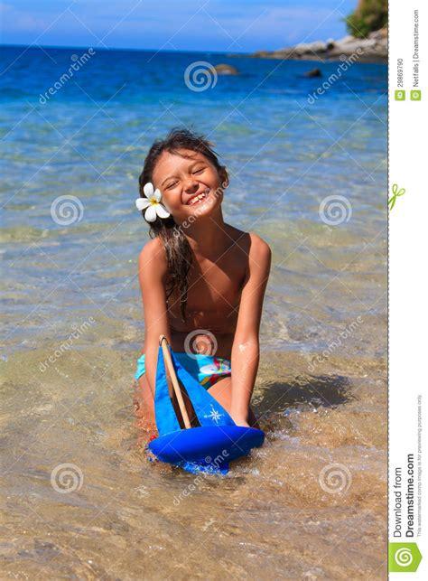 little girl models beach little girl at the beach stock photo image 29869790