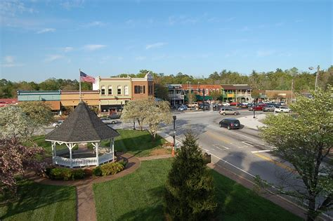 best towns in georgia clarkesville georgia best of the road