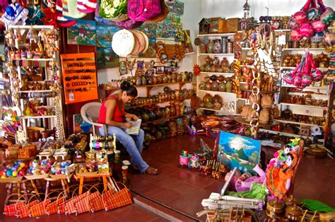 Handcraft Shop - the national artisan market masaya nicaragua in nica now