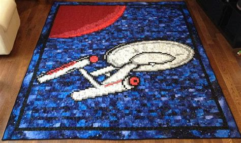 i would looooove to have this as my bedroom infant this will star trek enterprise quilt my dad would looooove to have