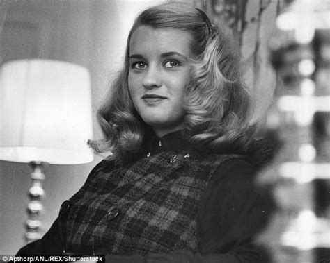 bette davis daughter bette davis daughter says her mother practiced witchcraft