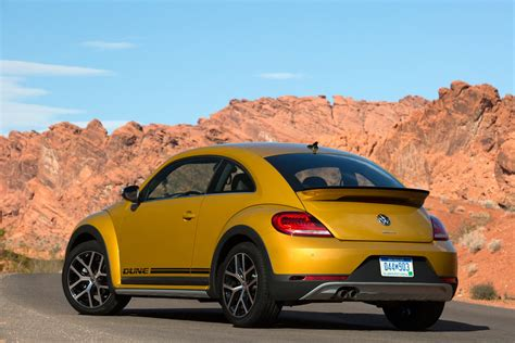 beetle volkswagen 2017 2017 volkswagen beetle dune revealed at la auto show