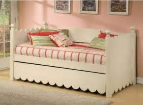 Daybed Modelleri Daybed With Pop Up Trundle Trundle Beds Enter Your