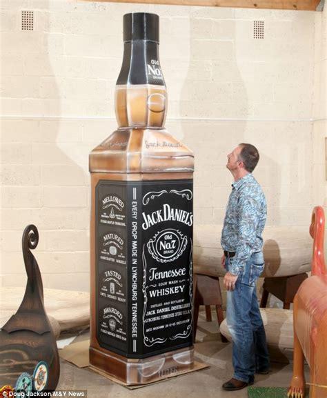imagenes de botella jack daniels soldado mand 243 hacer un ata 250 d en forma de botella 161 ataud