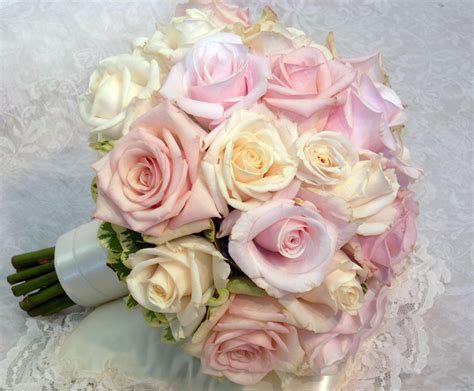 light pink and ivory wedding bouquets pink and magenta wedding bouquets bb0112 pale pink and