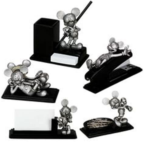 disney office desk accessories gifts for mickey lovers on pinterest mickey mouse
