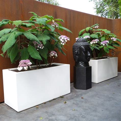 Fibreglass Garden Planters by 51 Best Images About Chic Modern Grp