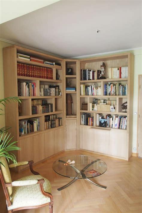 bureau d angle avec 騁ag鑽es biblioth 232 que d angle contemporaine avec 233 clairage
