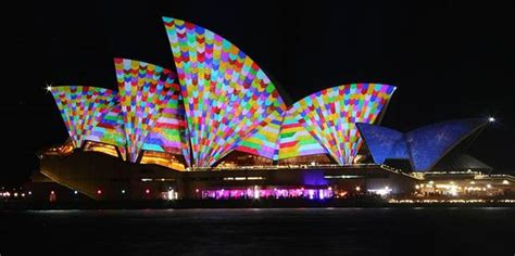 who designed the opera house light festival transforms sydney opera house into psychedelic installation mnn