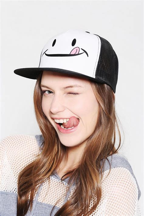 girl hairstyles with snapbacks 230 best images about cap hat snapback on pinterest