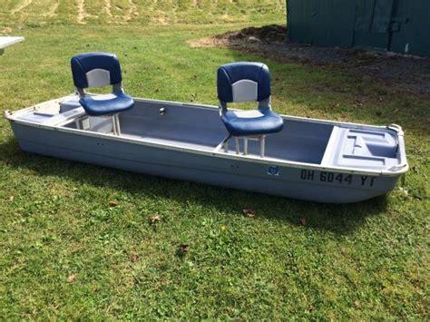 small flat bottom boat coleman crawdad flat bottom boat 550 sparta boats