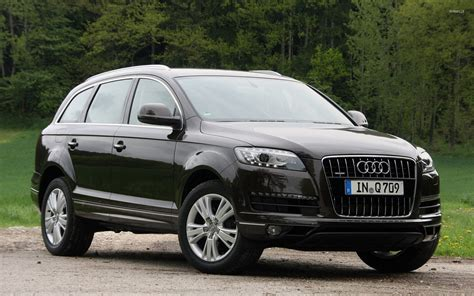Audi Q7 Wallpaper by Audi Q7 2 Wallpaper Car Wallpapers 41853