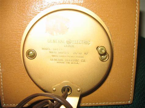 Vintage General Electric Light Brown Leather Square Item General Electric Lights