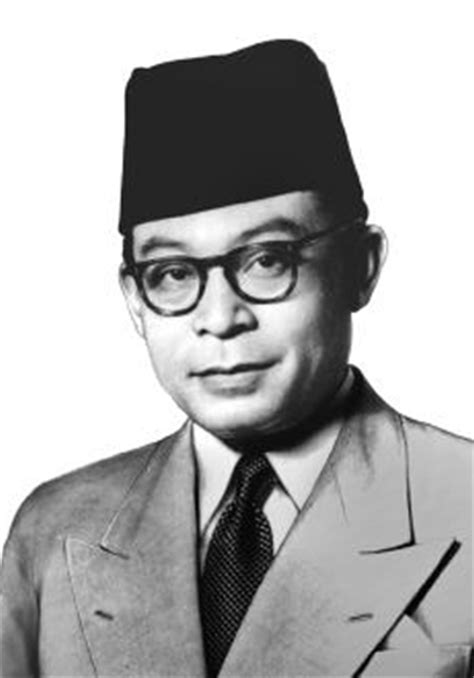 biographical recount ir soekarno tokoh nasionalis zaman pendudukan jepang sejarah negara com