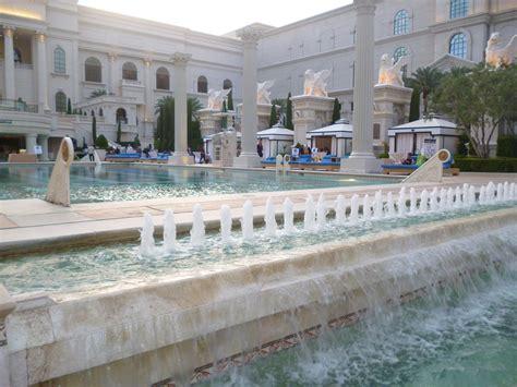 Garden Of The Gods Oasis Garden Of The Gods Oasis At Caesars Palace Rosarioknows
