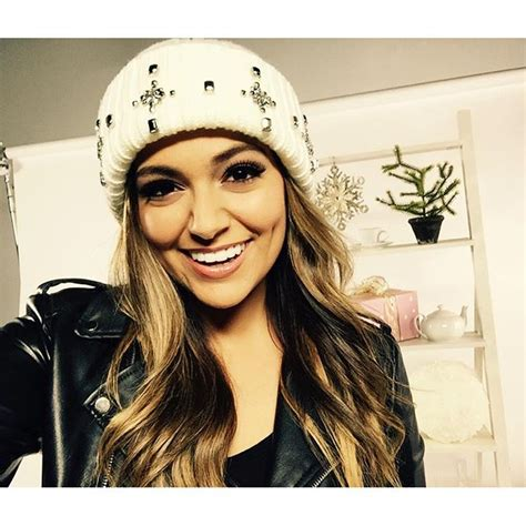 Bethany Mota Holiday Giveaway - shop bethany mota s new aeropostale qvc holiday collection twist