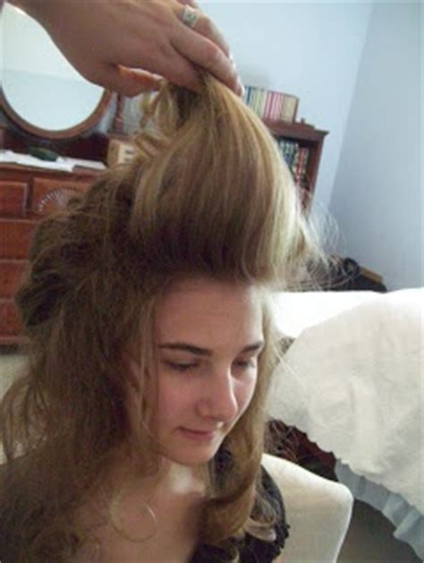 elizabeth swann hairstyles elizabeth swann hair tutorial fun but really messy