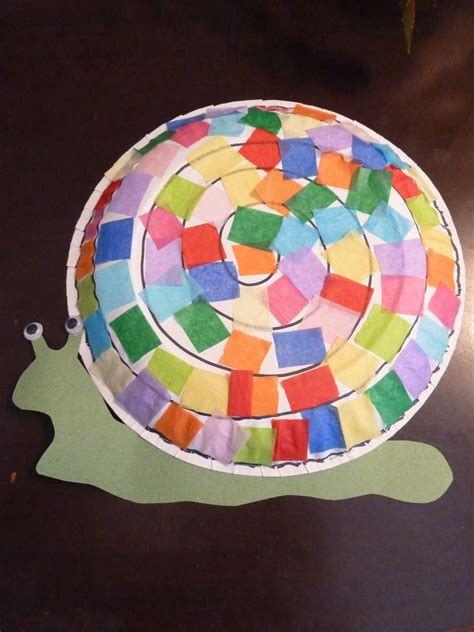 Snail Paper Plate Craft - room extraordinaire bug friday