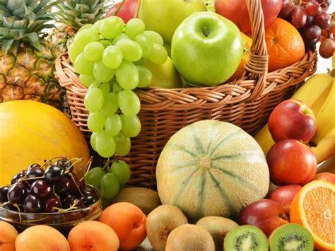 vegetables i should eat everyday fruits you should eat everyday boldsky