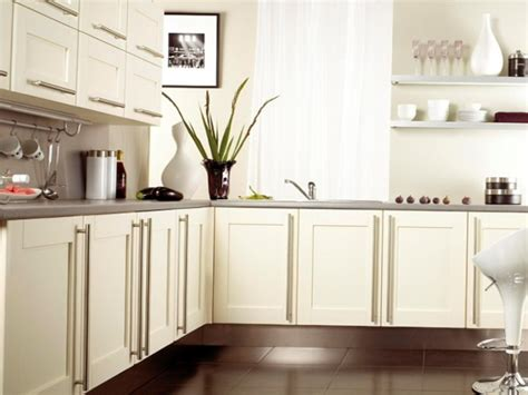kitchen cabinets canada kitchen cabinets in canada