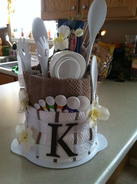 kitchen gifts ideas perfect bridal shower gift for the bride