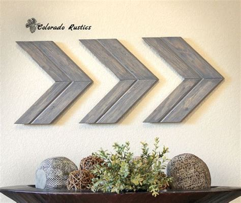eye catching diy rustic decorations to add warmth to your home homesthetics inspiring ideas arrow wall art chevron arrow wall d 233 cor rustic wall