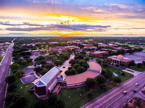 Simmons Mba Reviews by Hardin Simmons Hardin Simmons