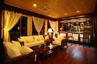 hotels near boat club road pune popular lounges clubs in pune