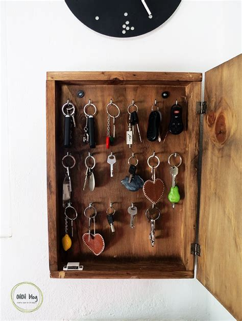 25 best ideas about diy key holder on diy