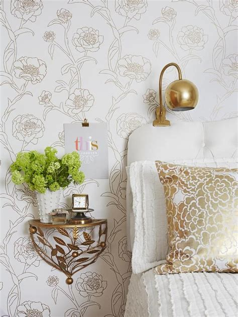 Gold And White Bedroom Ideas White And Gold Fab Bedroom Decor Pinterest