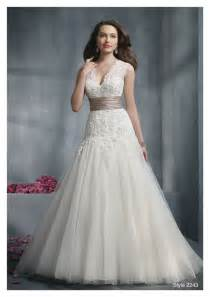 wedding dresses for bust dressing for type