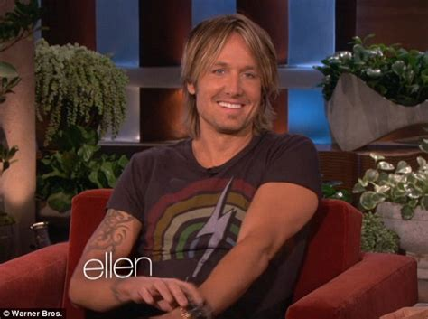 keith urban ellen degeneres i m a little red right now blushing keith urban reveals