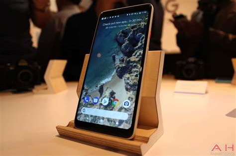 google pixel hands on android s newest premium smartphone it pro hands on with the new google pixel 2 xl smartphone