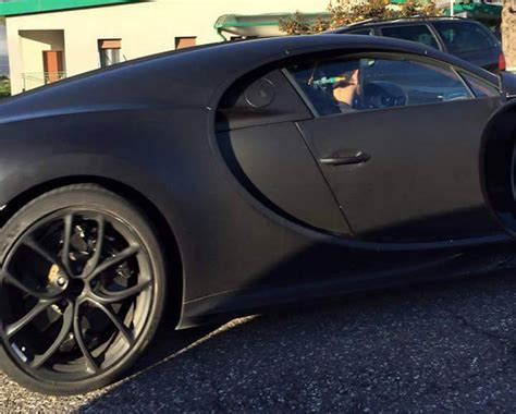 bugatti veyron on the road bugatti chiron sound start up driving on the road 2016