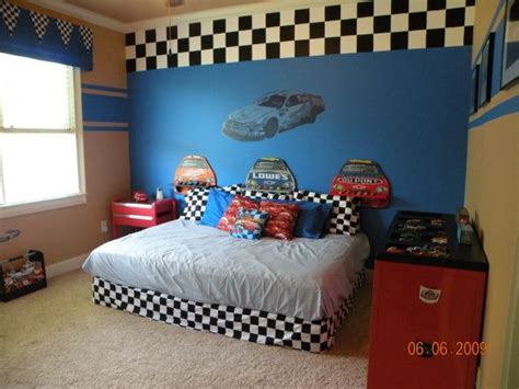 race car bedroom pin by donna green on things for the kids pinterest