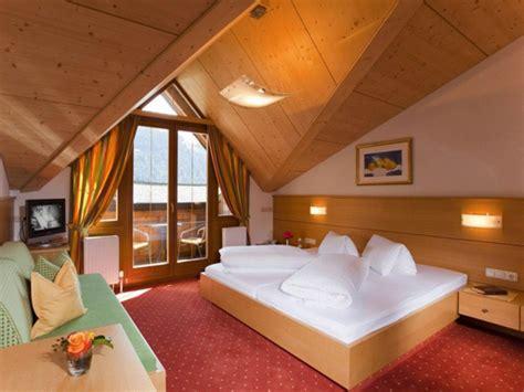 Dachgeschoss Zimmer Einrichten by M 246 Chten Sie Ein Traumhaftes Dachgeschoss Einrichten 40