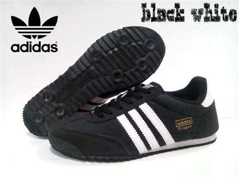 Sepatu Adidas Biru Dongker jual sepatu adidas sepatu adidas adidas adidas merah biru hitam
