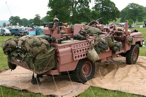 sas land rover adrian s tomcat 100 quot land rover pink panthers