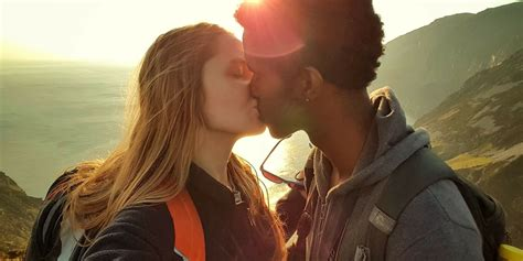 Couples Re 6 Signs That You Re In A Positive Relationship
