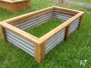 raised vegetable garden bed planter box recycled materials