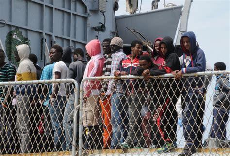 ufficio immigrazione reggio calabria immigrazione base regionale in sicilia per frontex