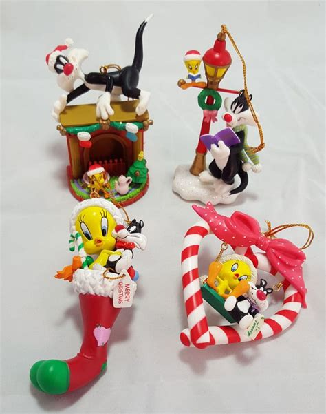 1000 images about disney ornaments and looney tunes ornaments