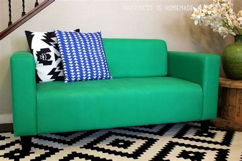 chalk paint sofa 1000 ideas about painted sofa on