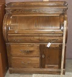 oak crest roll top desk vintage drexel dresser that has 12 drawers comes with