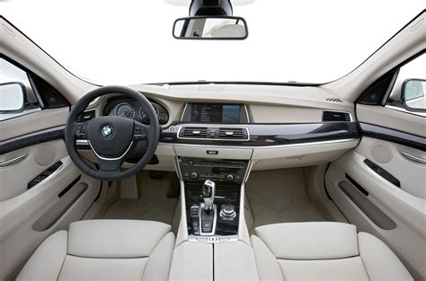 Interior Bmw 5 Series by Mercedes E Class Vs Bmw 5 Series Car Comparisons