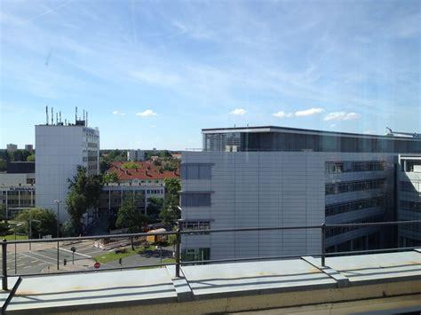 Siemens Glass Door An Office Building With A Vie Siemens Office Photo Glassdoor
