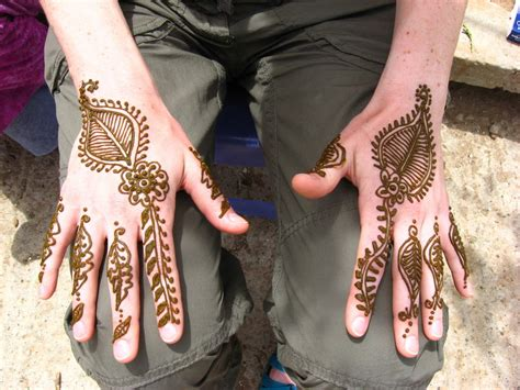 do henna tattoos get darker best model for how to do henna tattoos