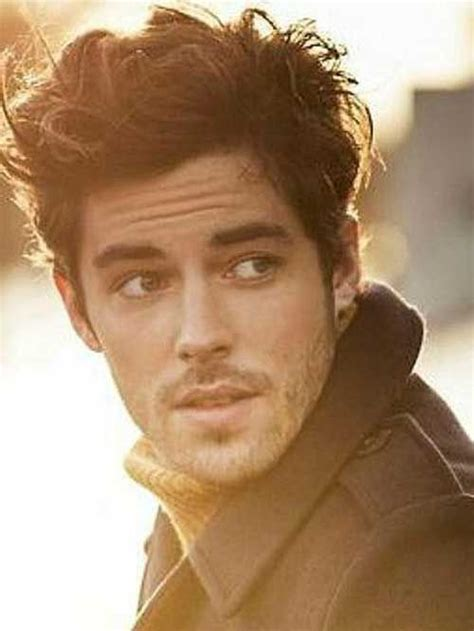 growing hair to midlenght 25 best ideas about young mens hairstyles on pinterest