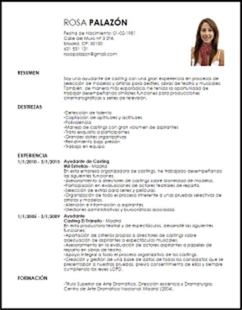 Modelo Curriculum Artistico Modelo Curriculum Vitae Ayudante De Livecareer