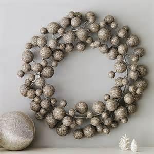 the wool acorn the modern christmas wreath